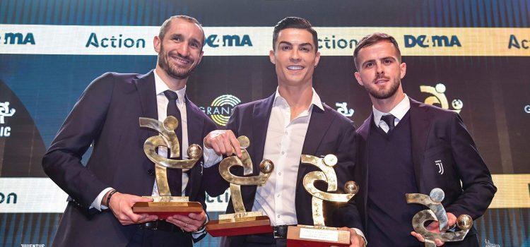 جشن بزرگ فدراسیون فوتبال ایتالیا بیانکونرو بود!